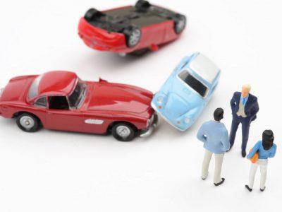 レンタカーで自動車事故!交通事故時の対処法。過失責任範囲と慰謝料は?